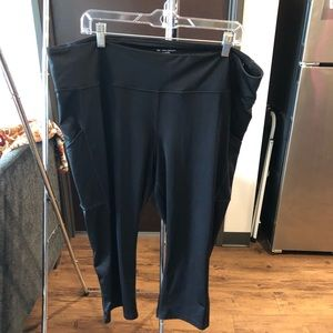 Tell Gear active wear capri with pockets 2x